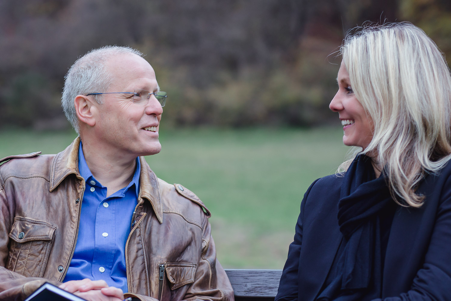 couple ,laughing, bench, outdoor, portrait