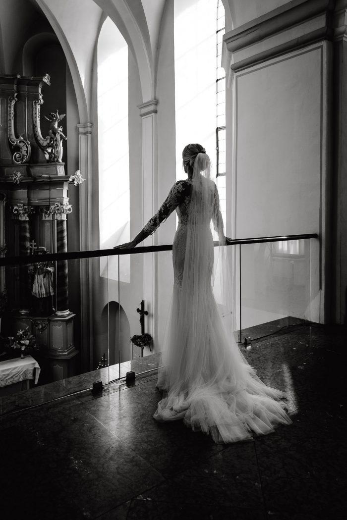 Hochzeit, Braut, Kloster Machern,Barocksaal, Portrait, indoor, Andrea Schenke Photography, Wittlich