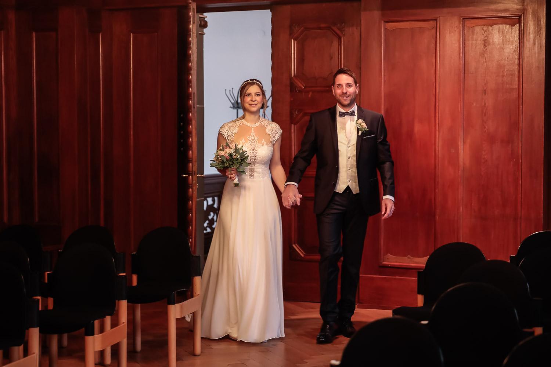 Hochzeit, Brautpaar, Standesamt, Novemberhochzeit, Hochzeitsfotograf Wittlich, Andrea Schenke Photography
