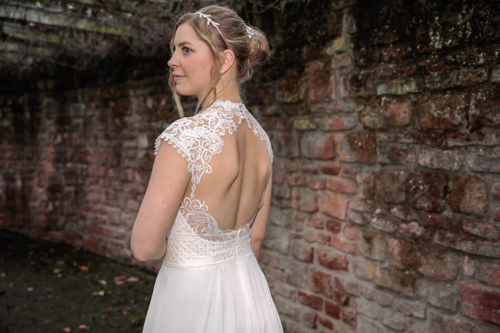 Hochzeit, Braut, outdoor, Novemberhochzeit, Hochzeitsfotograf Wittlich, Andrea Schenke Photography