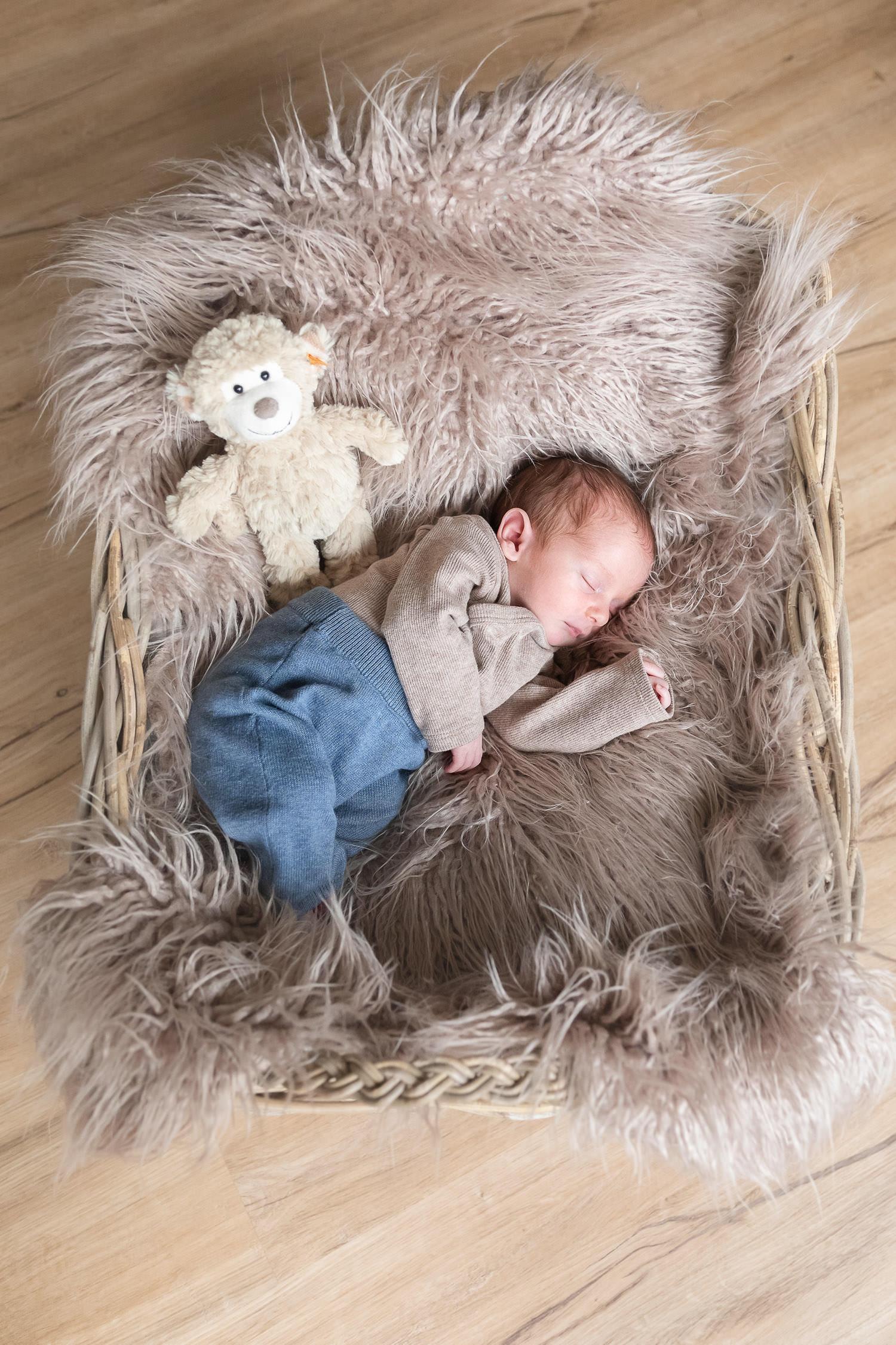 Newbornshooting, sleeping Baby, Andrea Schenke Photography, Fotograf Wittlich