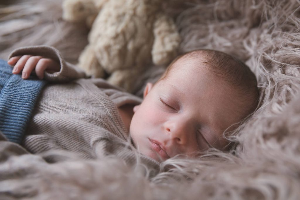 Newbornshooting, sleeping Baby, Closeup, Andrea Schenke Photography, Fotograf Wittlich